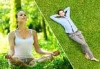 Imagem dividida entre uma mulher meditando ao ar livre e um homem deitado na grama, relaxando.