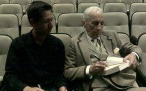 Interação com o mestre do jornalismo literário, Gay Talese [maio de 2012]. Acervo pessoal.