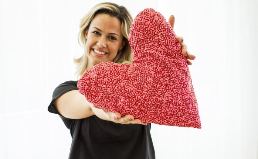 8d1a533f855952 Almofada de Coração: Ajude mulheres com câncer de mama - Eu Sem ...