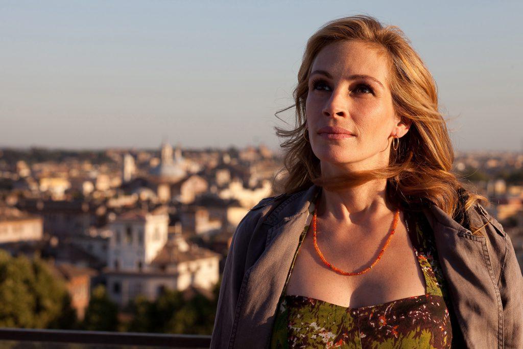 "Data da foto: 2009 Julia Roberts no filme ""Comer, Rezar e Amar"", de Ryan Murphy."