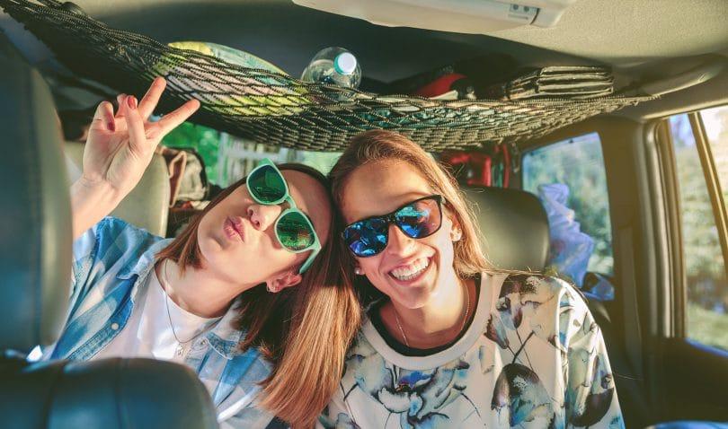 Resultado de imagem para As amizades são bênçãos que nos ajudam a curar a alma