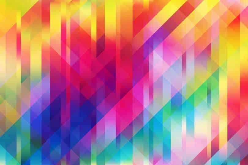 Cenário colorido com formatos geométricos.