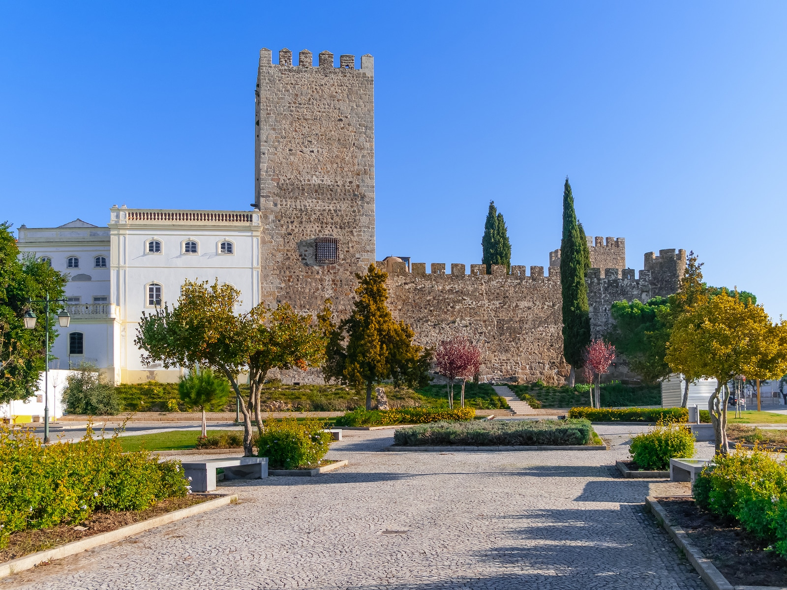 Medieval Castle of Alter do Chao, seen from the Doze Melhores de Alter Square. Alto Alentejo, Portugal