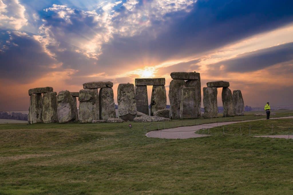 Stonehenge com pôr do sol