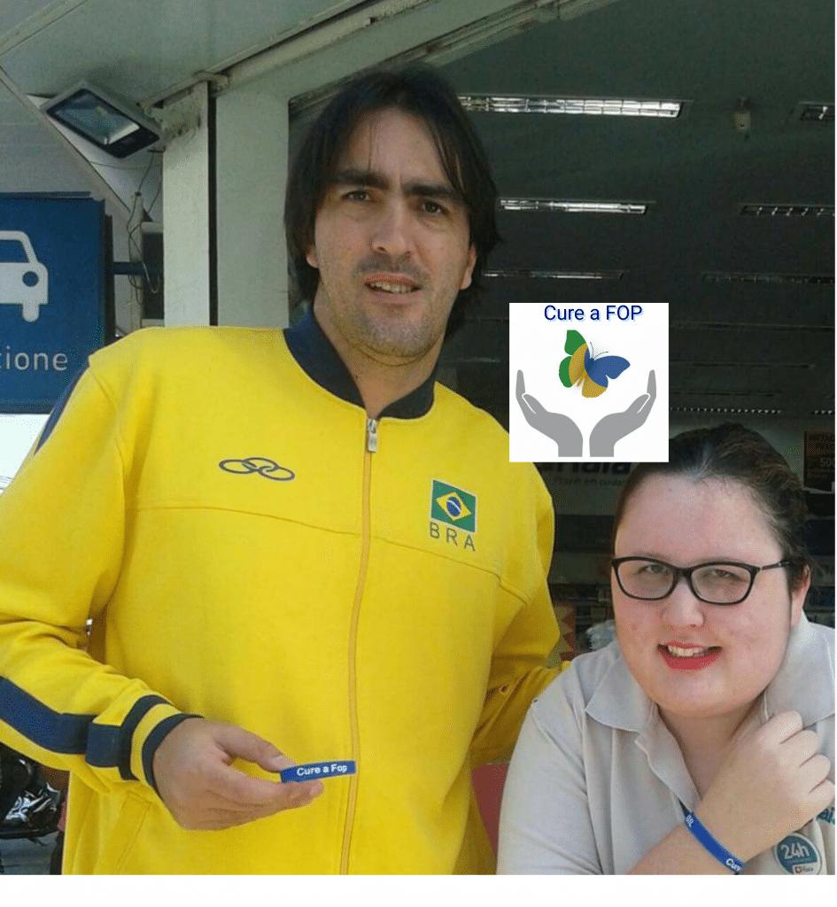 Rodrigão do Vôlei junto com Marianna Gomes