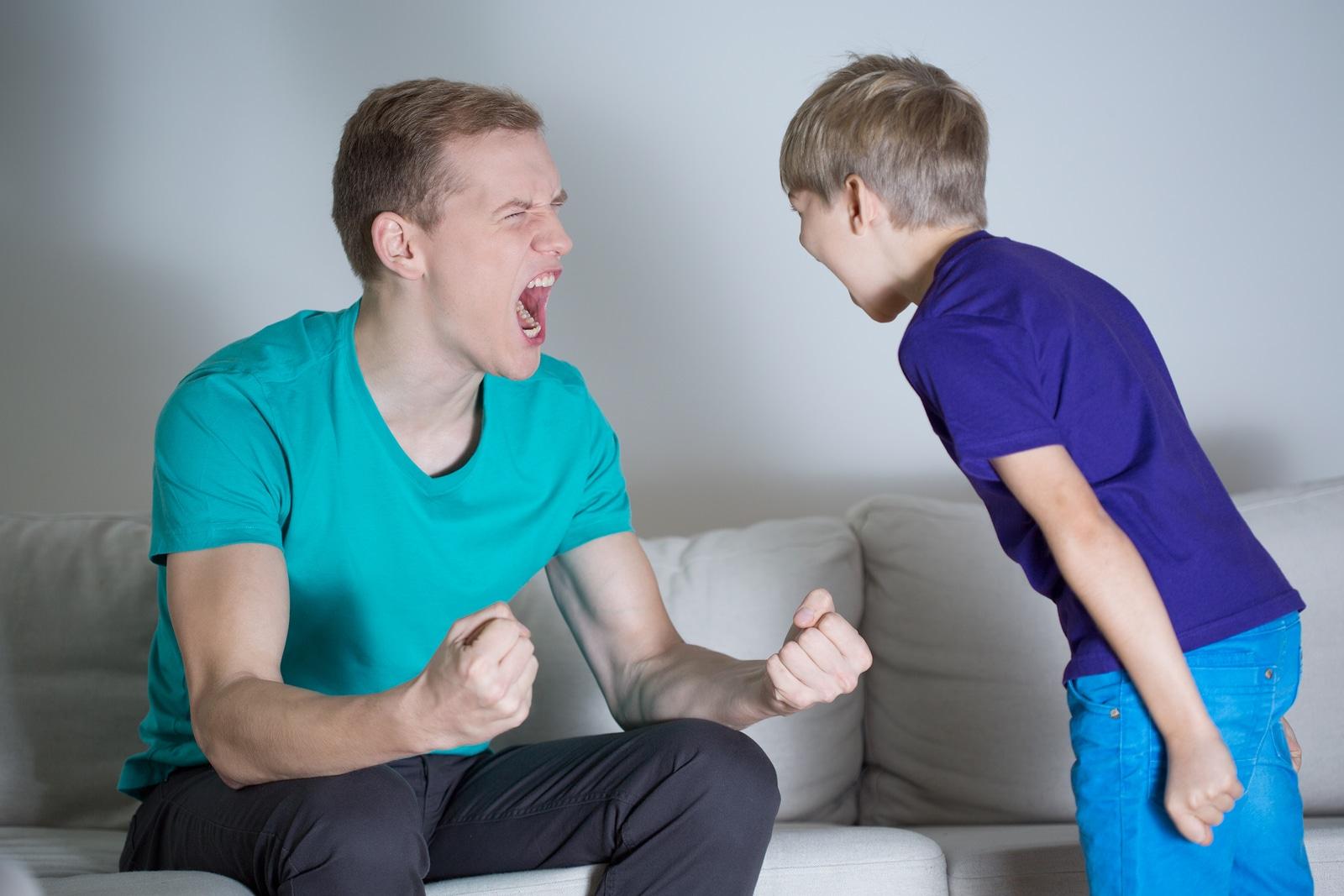 С высоты прожитых лет лучше видно, какая тактика принесла положительные результаты, а какие родительские поступки усложнили жизнь повзрослевшего ребенка.