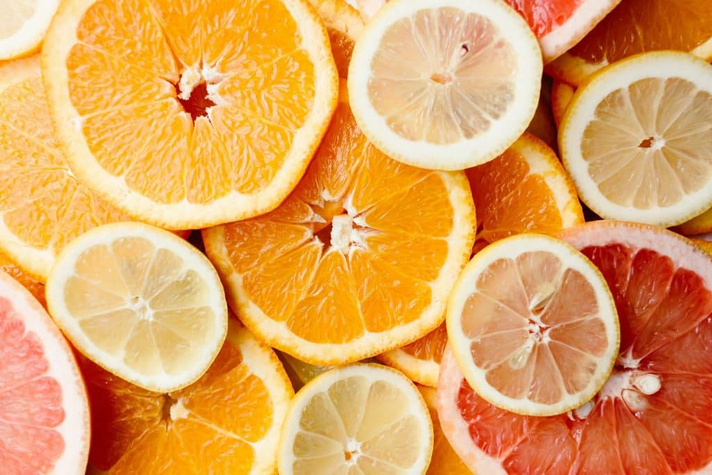 Rodelas de laranja e limão