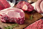 Tábua com carnes vermelhas
