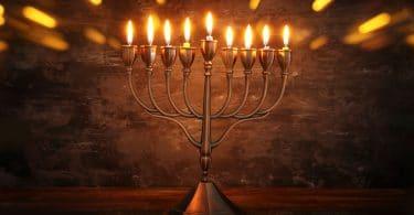 Tradição judia. Festival das Luzes. Chanukah.