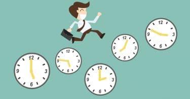 Ilustração de homem vestido em terno correndo enquanto pisa em relógios com um fundo ver.