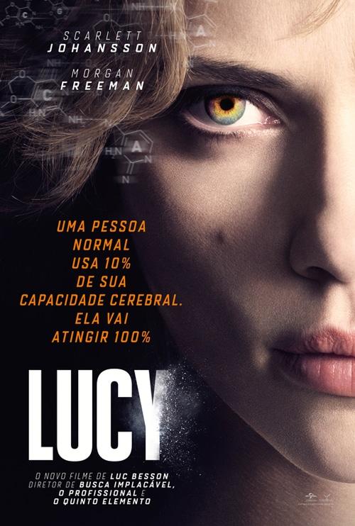 Filme Lucy. Atriz Scarlet Johanson que é loira e tem o olho claro está com apenas metade do rosto aparecendo.