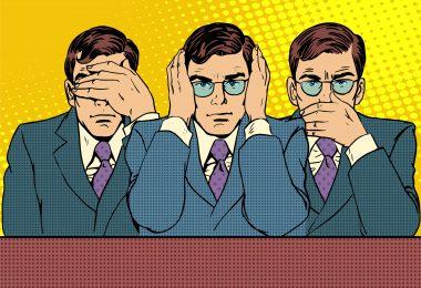 """Ilustração no estilo pop art de um homem vestido com roupas corporativas em três posições: com as mãos sobre os olhos, com as mãos sobre os ouvidos e com as mãos sobre a boca. Elas representam, respectivamente, """"nada vejo"""", """"nada ouço"""", """"nada digo""""."""