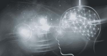 Imagem ilustrativa de mente humana e o universo