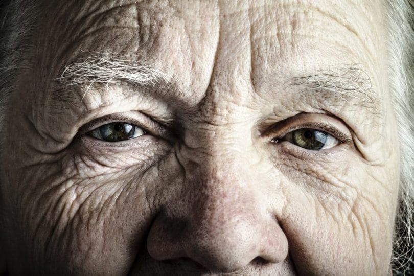 Olhar de um idoso.