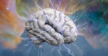 Ilustração de um cérebro emanando raios de energia sobre fundo colorido.