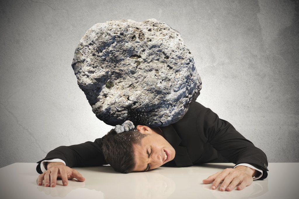 homem representando a síndrome de burnout