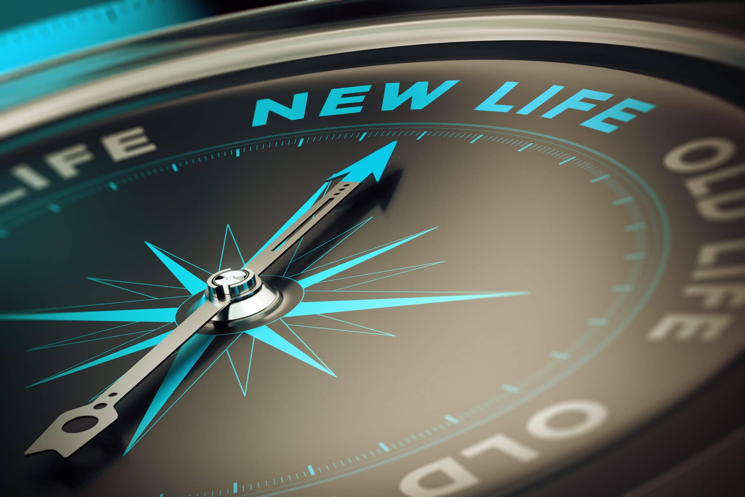 """Relógio apontando para uma """"nova vida""""."""
