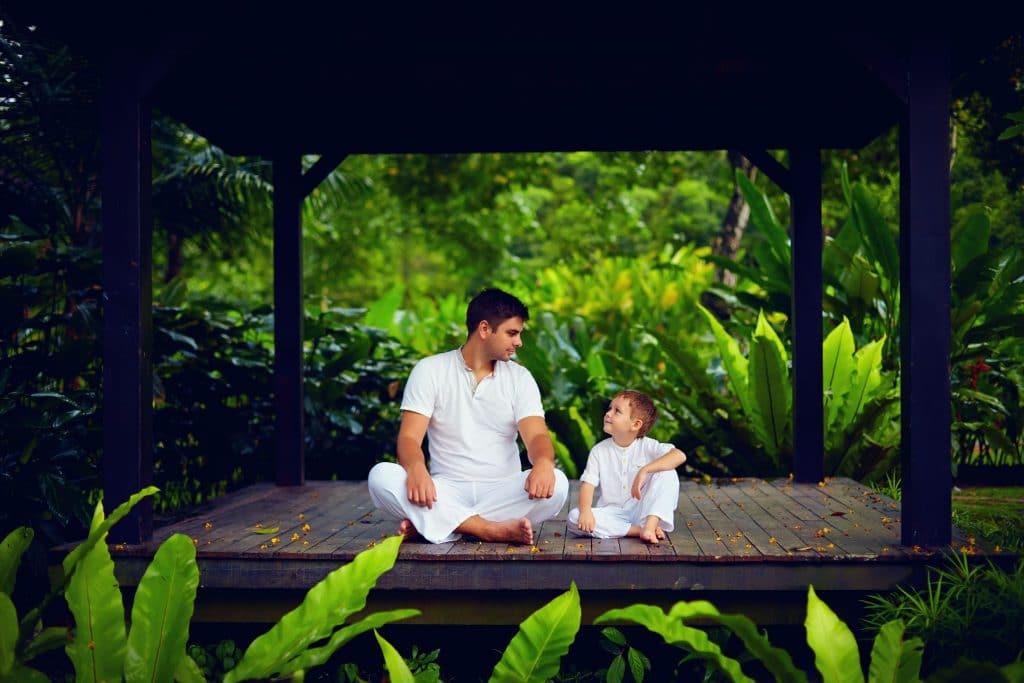 meditação com criança na natureza - criança interior