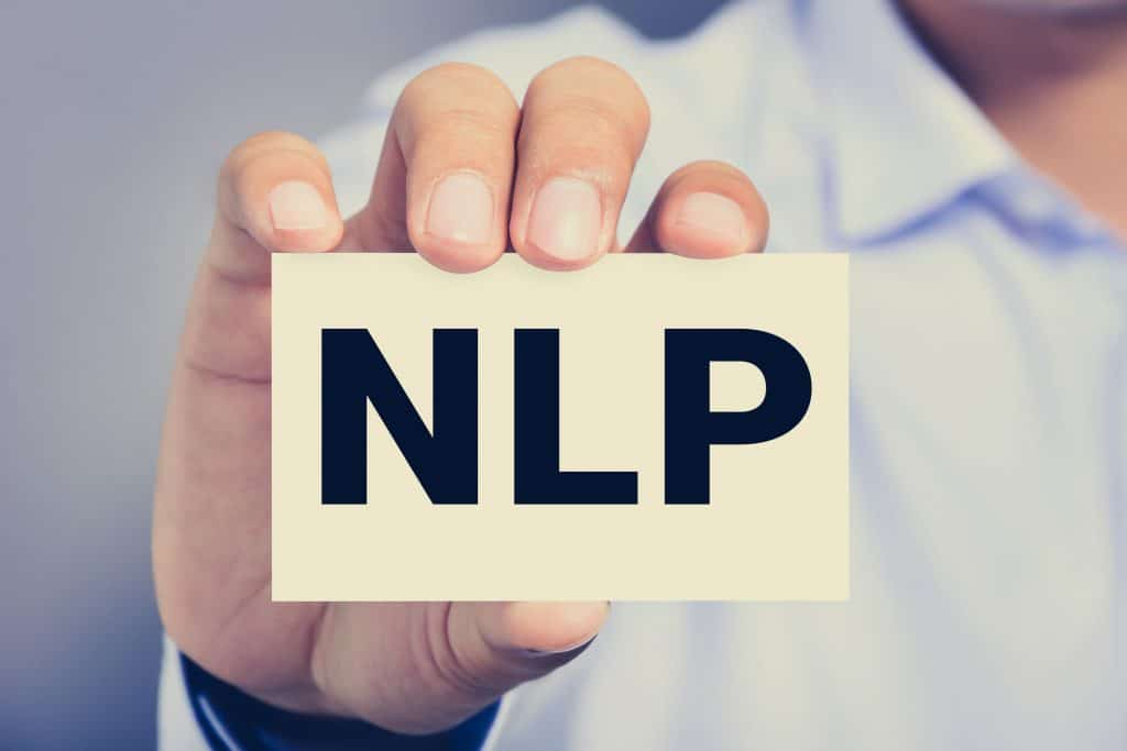 Cartão com a sigla NPL