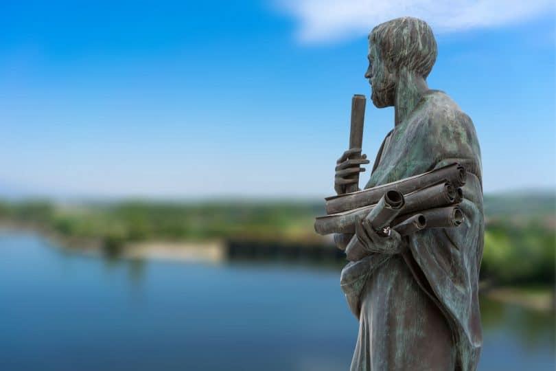 Conceito de filosofia: Estatua do filósofo grego Aristóteles.