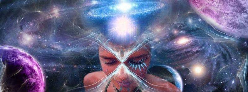Ilustração de mulher expandindo a consciência.