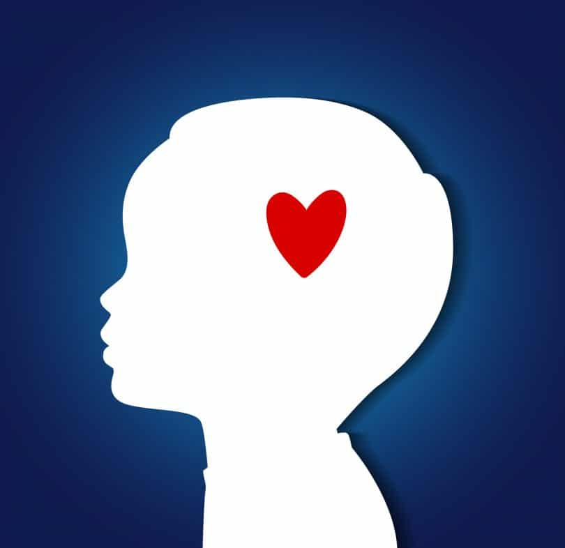 Ilustração vetorial de cabeça de criança com coração