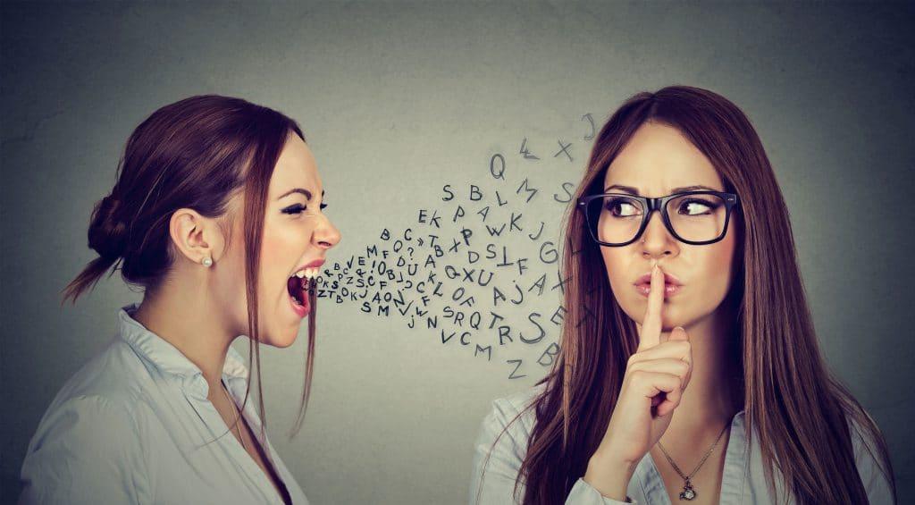 Mulher com inteligência emocional
