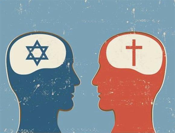 Ilustração de duas pessoas vistas de perfil, com símbolos religiosos dentro da representação do cérebro. Á direita, o símbolo judaico; à esquerda, o símbolo cristão.