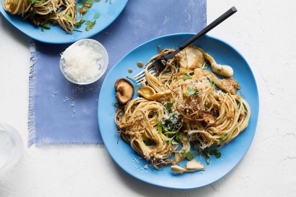 Espaguete com cogumelos.