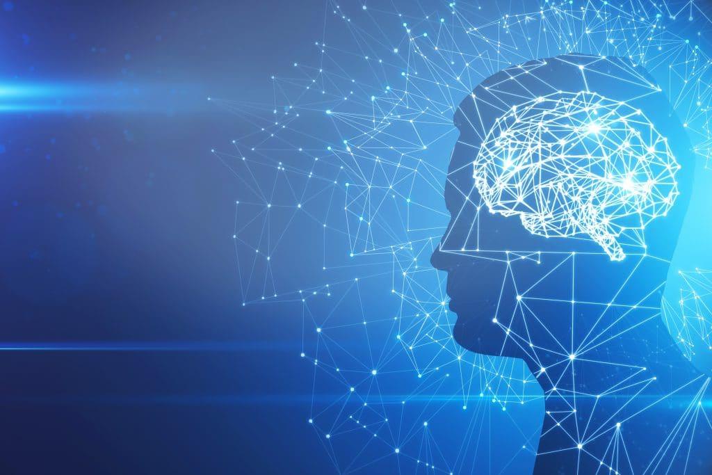 Silhueta de perfil de homem com cérebro abstrato sobre fundo azul. Inteligência artificial