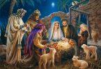 Três Reis Magos em presépio com Jesus, Maria e José