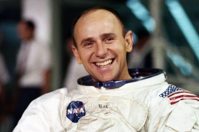 Foto de Alan Bean, astronauta.