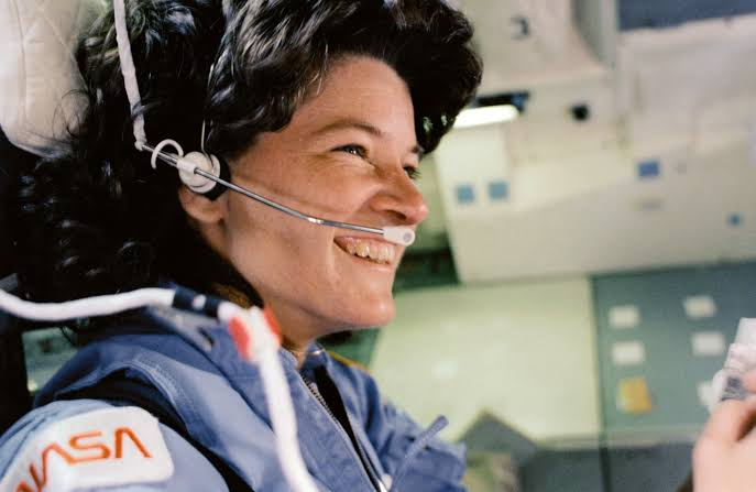 Foto de Sally Ride, astronauta.