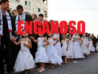 """Foto de uma fila de crianças meninas usando vestidos brancos de festa, ao lado de homens adultos com vestes tradicionais de casamento. Sobre a imagem, há a palavra """"ENGANOSO"""" em destaque."""