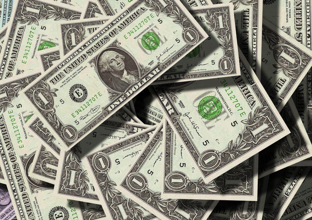 Notas de um dólar.
