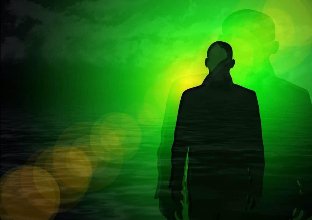 Imagem do espírito de uma pessoa masculina.