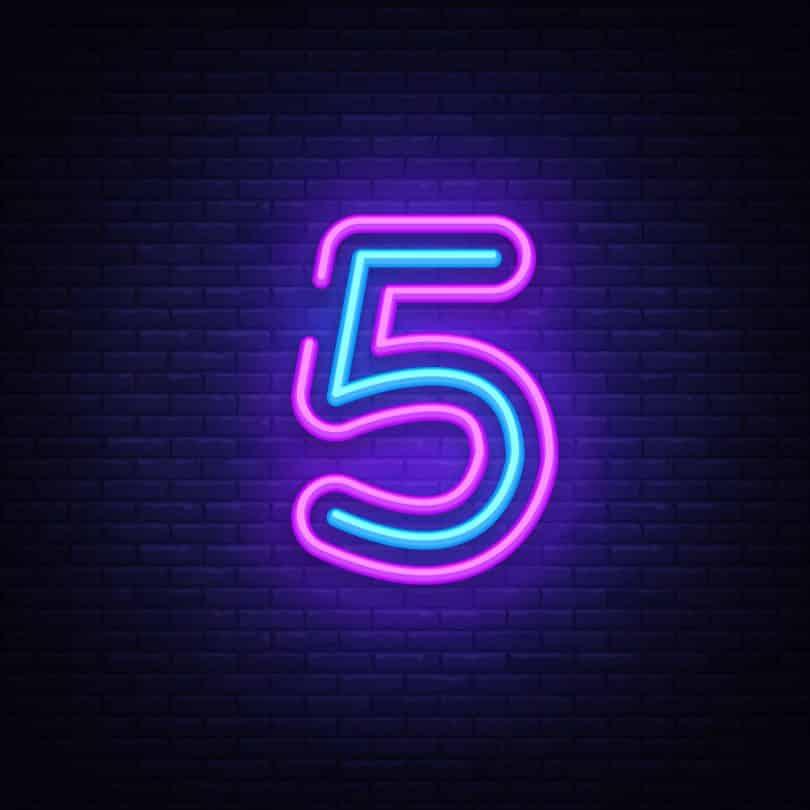 Número cinco em neon