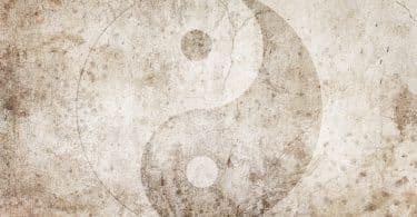 Simbolo do Yin e Yang em um papel