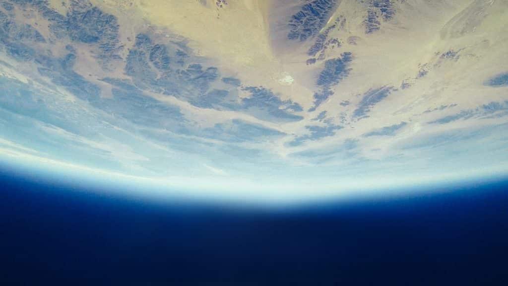 Parte da Terra vista do espaço, de cabeça para baixo.