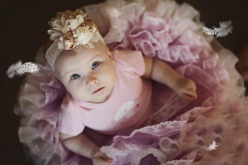 Imagem de uma linda bebê vestida de bailarina.