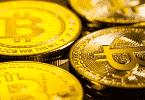 Moedas douradas de bitcoin
