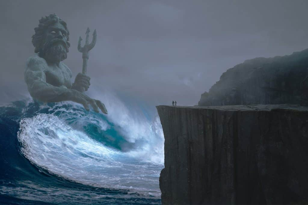 Imagem de poseidon como um homem segurando um tridente em meio a uma grande onda do mar.