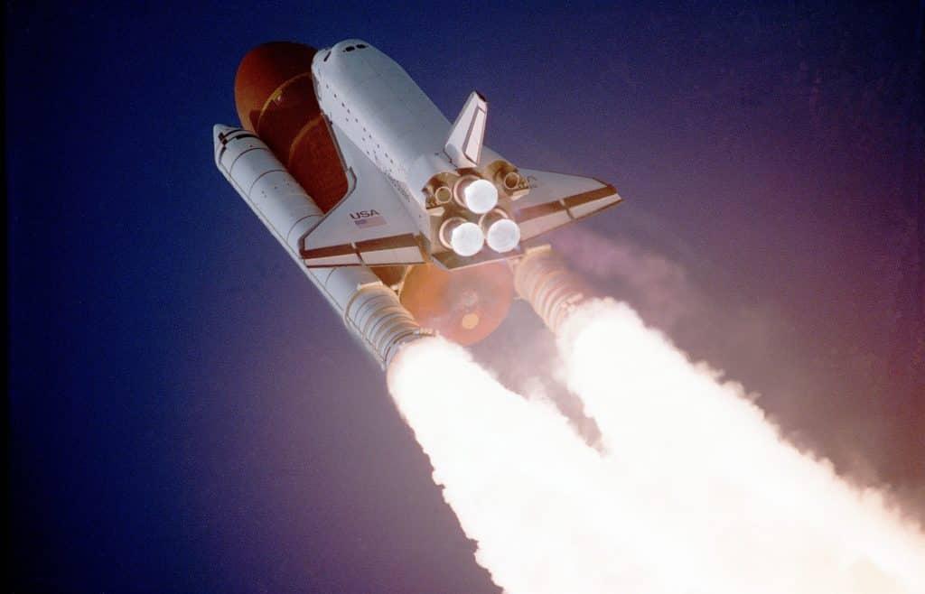 Foto de uma nave espacial.