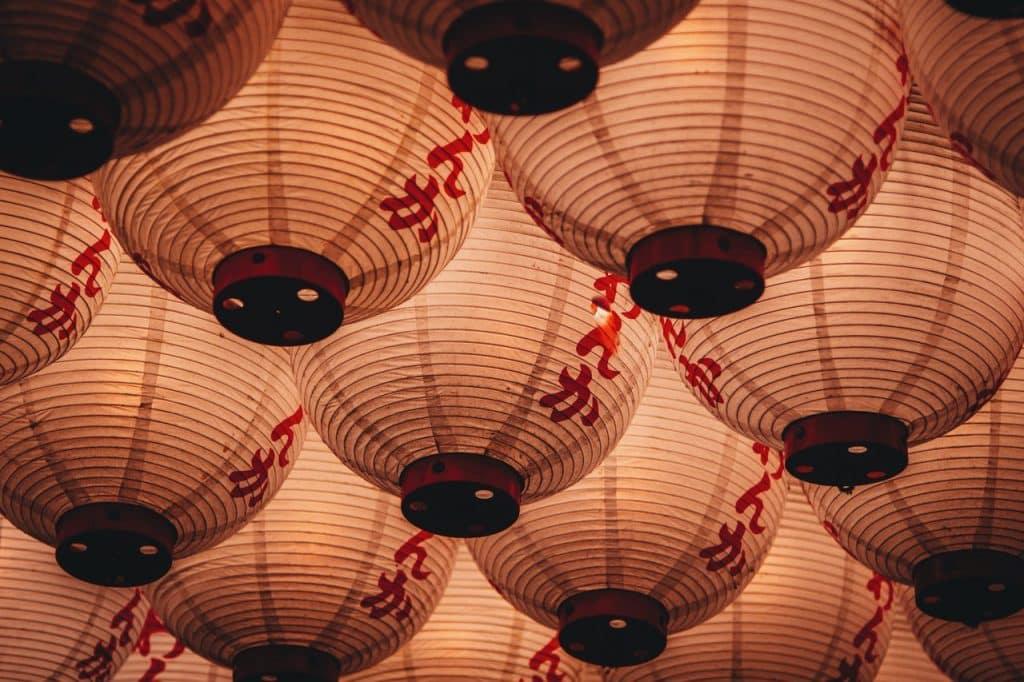 Lâmpadas chinesas.