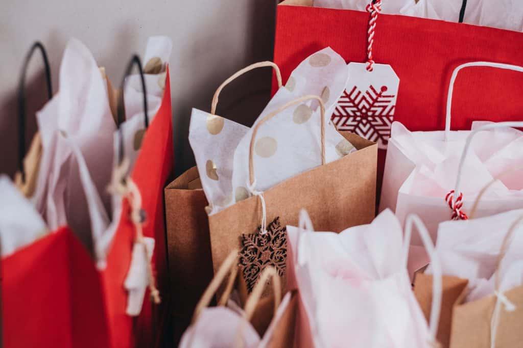 Sacolinhas de presente de Natal.