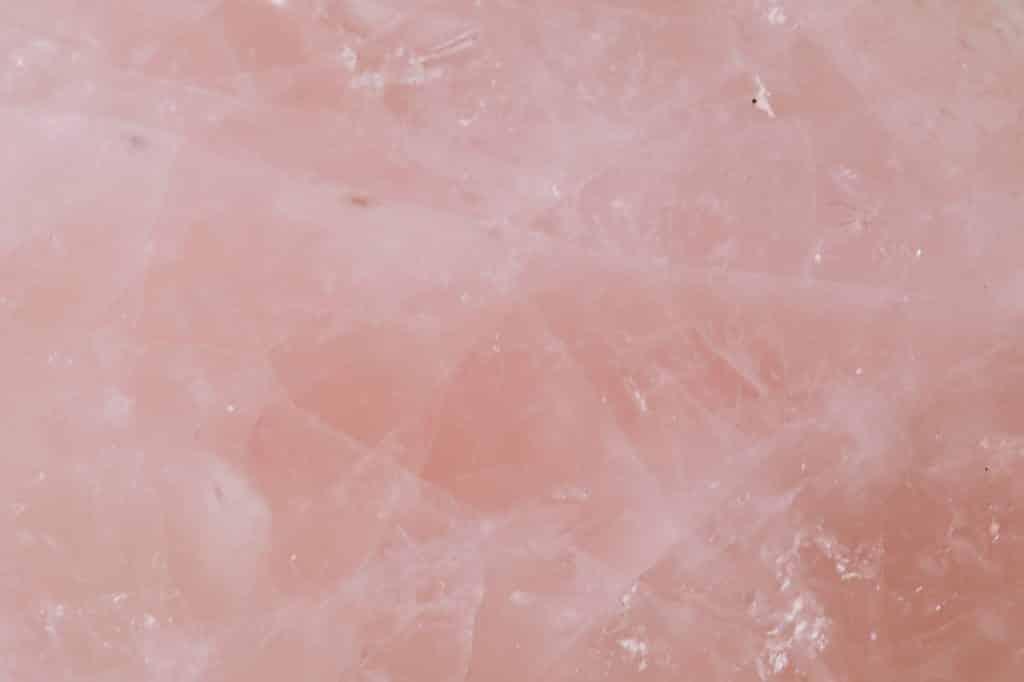 Pedra rosa.
