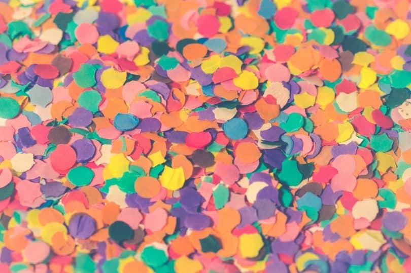 Confete de carnaval colorido