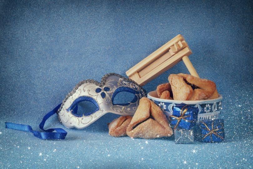 Elementos festivos do Purim.