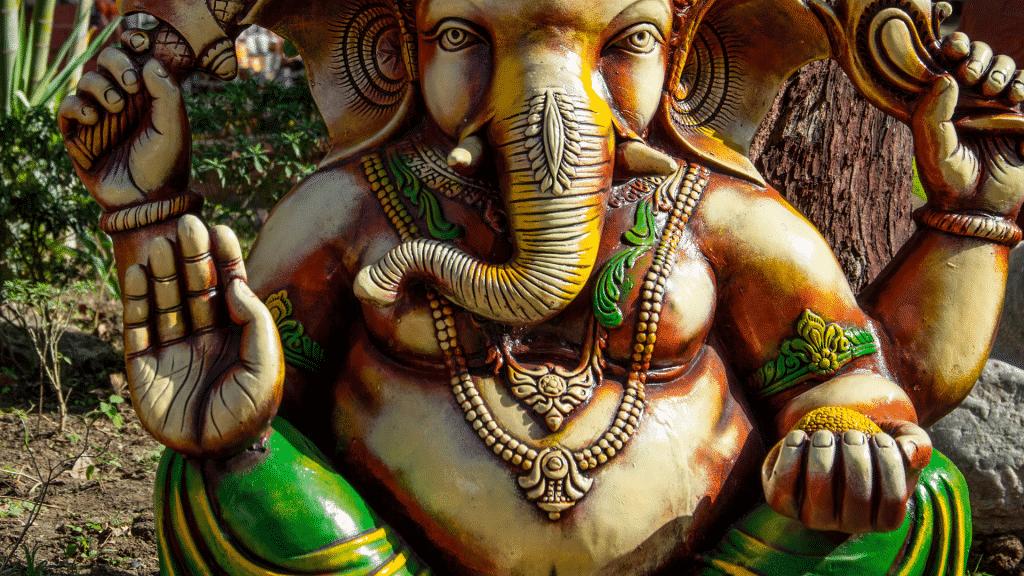 Estátua do Deus Ganesha