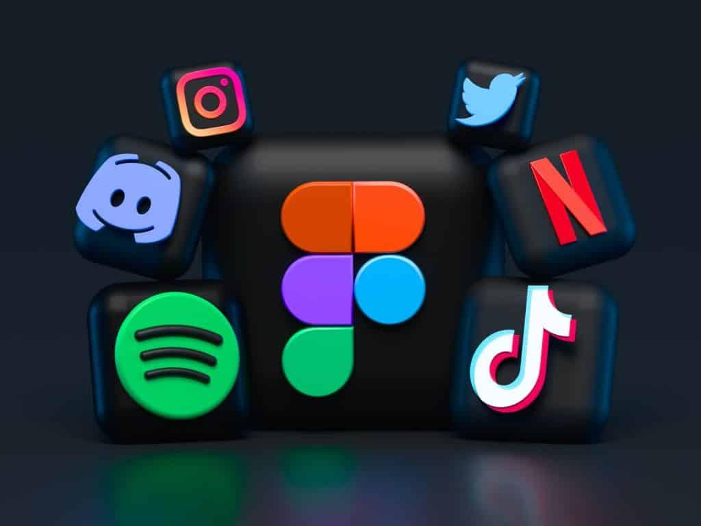Ícones de redes sociais.